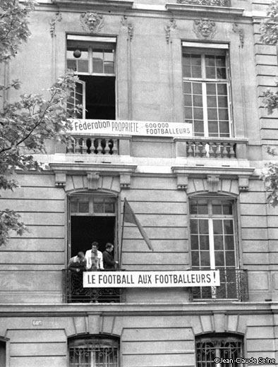 Occupation of the headquarters of the French Football Federation, May 22, 1968 (Photo: Jean-claude Seine)