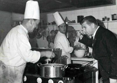 Puskás in the kitchen of a Hungarian restaurant, Madrid 1960, Hungarian Museum of Trade and Catering – Budapest, CC BY-NC-ND
