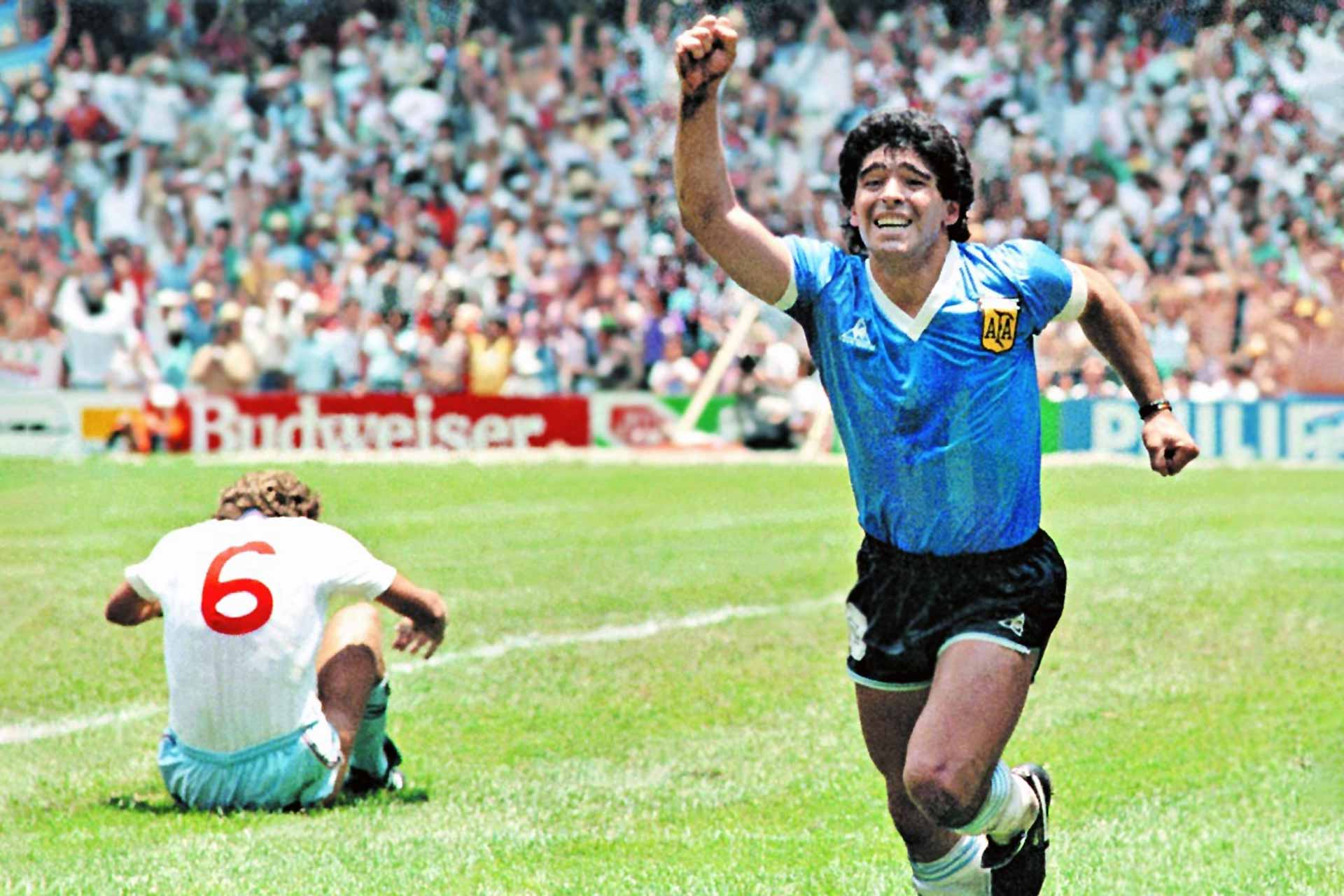 Diego Maradona celebrating his goal against England in 1986 (Photo: Dani Yako / Source: Clarín)